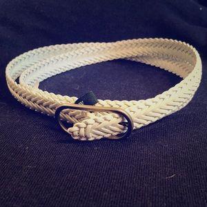 NWT White fish-tail-style thin J.crew belt
